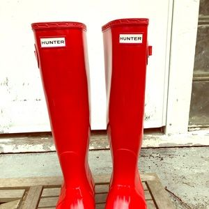 Red Hunter Rainboots size 9/10